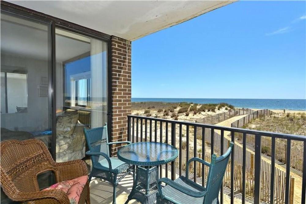 Ocean City vacation rental with balcony