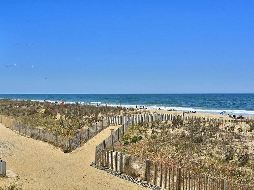 3 Bed Short Term Rental Condo Ocean City