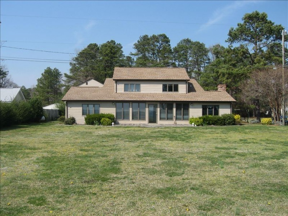 Hayes vacation rental with