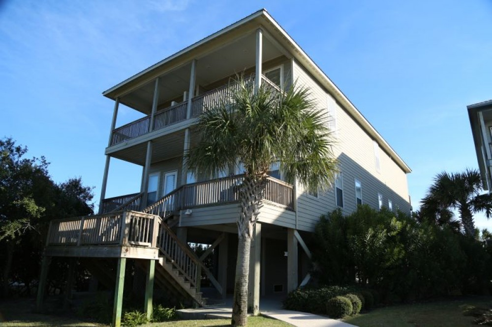 Gulf Shores vacation rental with Who Cares B