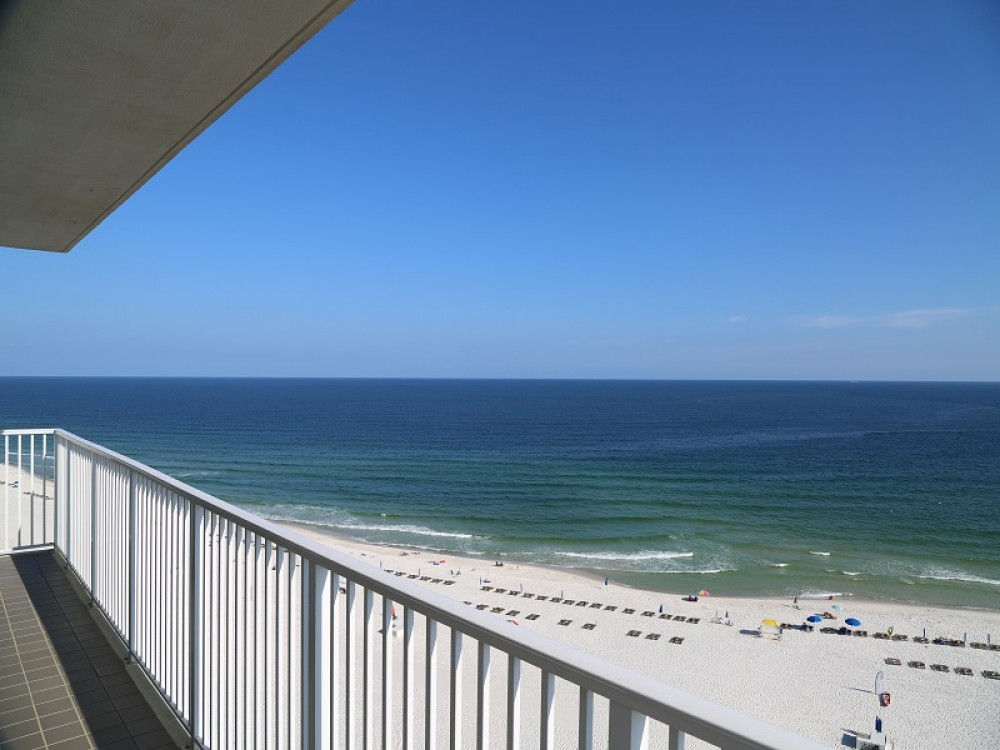 Orange Beach vacation rental with Direct Gulf Front