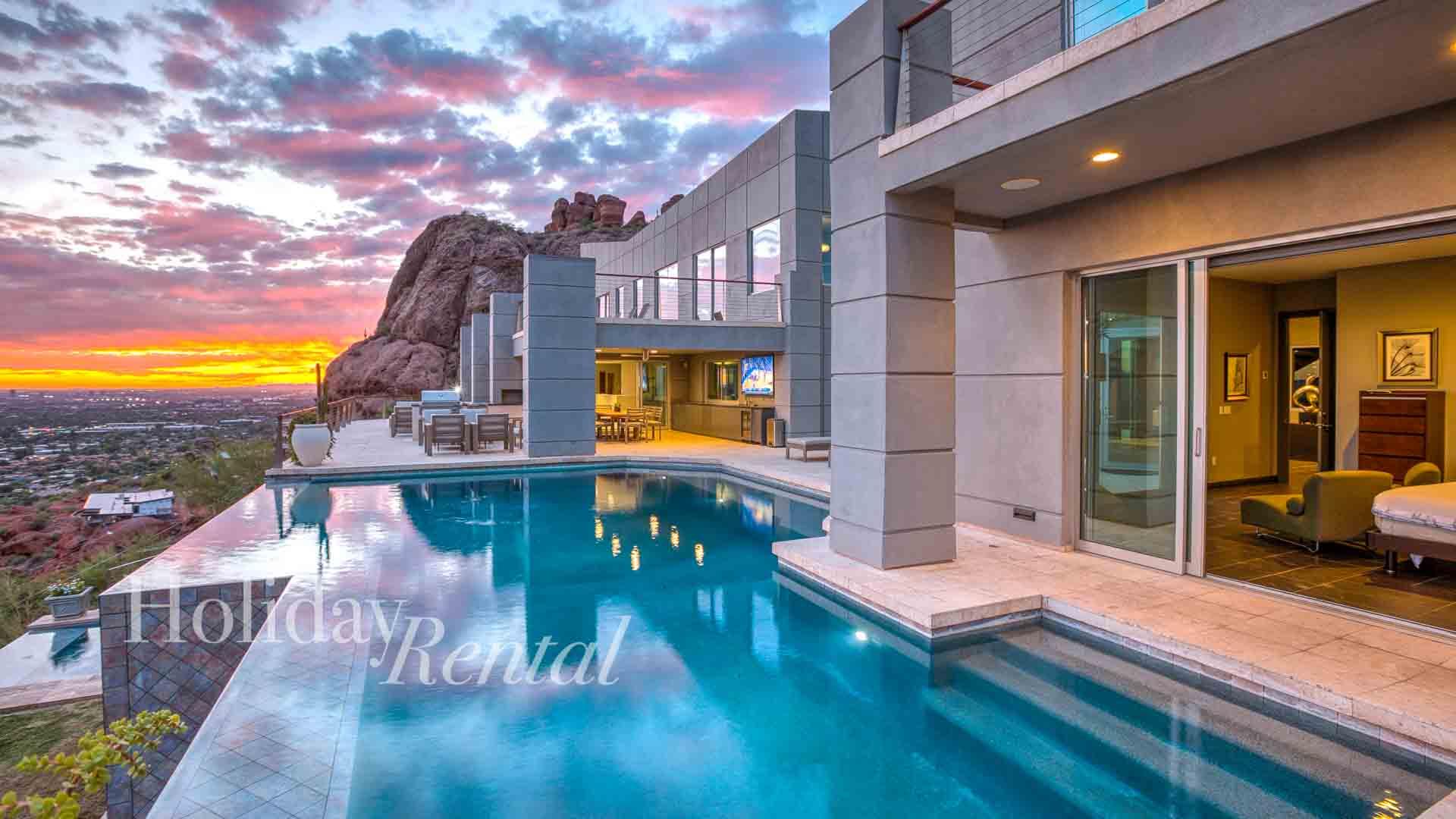 10 Million Dollar Mansion on Camelback! City Views, 8 bedroom Luxury, We are HOLIDAYRENTAL!