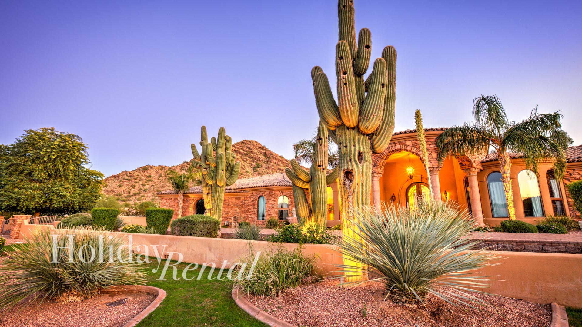 Best Scottsdale Vacation Rental, 8 bedrooms Mountain Views, maid service daily!