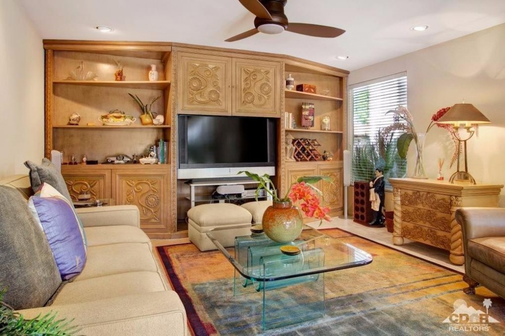Den w/sofa bed Airbnb Alternative Indian Wells California Rentals