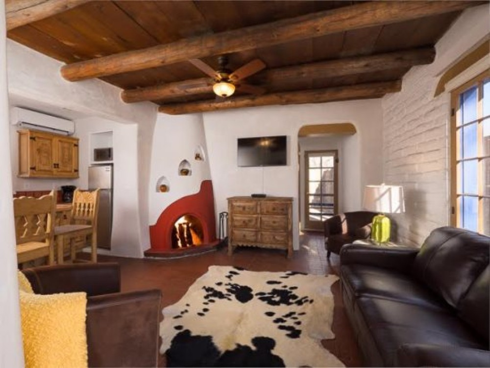 Santa Fe vacation rental with Living Room