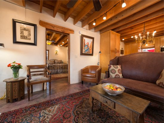 Delightful Adobe Home Near the Rail yard