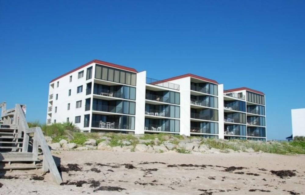 New Smyrna Beach vacation rental with Beach by Chadham