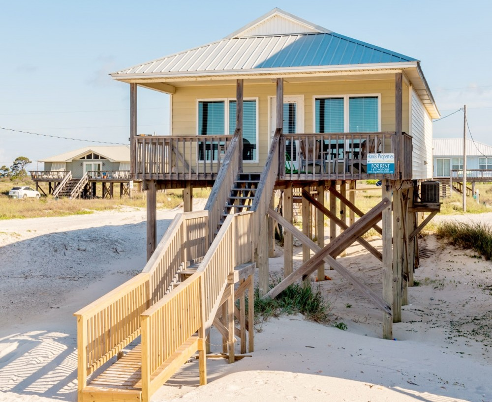 Gulf Shores vacation rental with Fountain of Youth is Beach Front