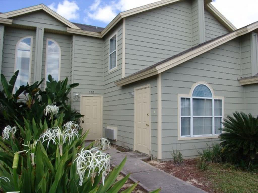 From $65/nt,Close to Disney.4br/3ba townhome
