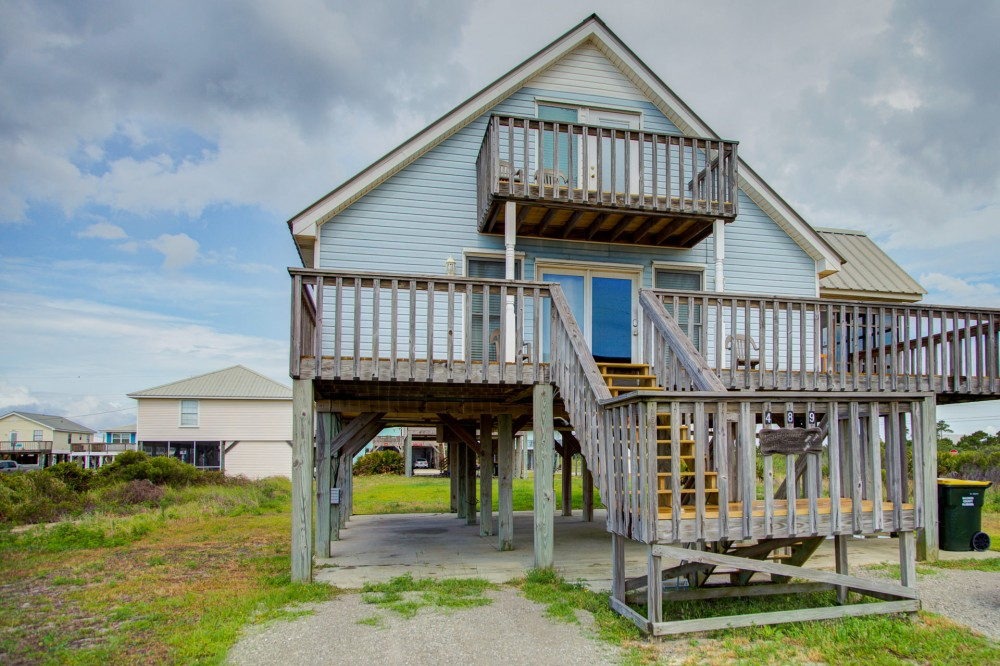 Gulf Shores vacation rental with Welcome to Footprints in the Sand
