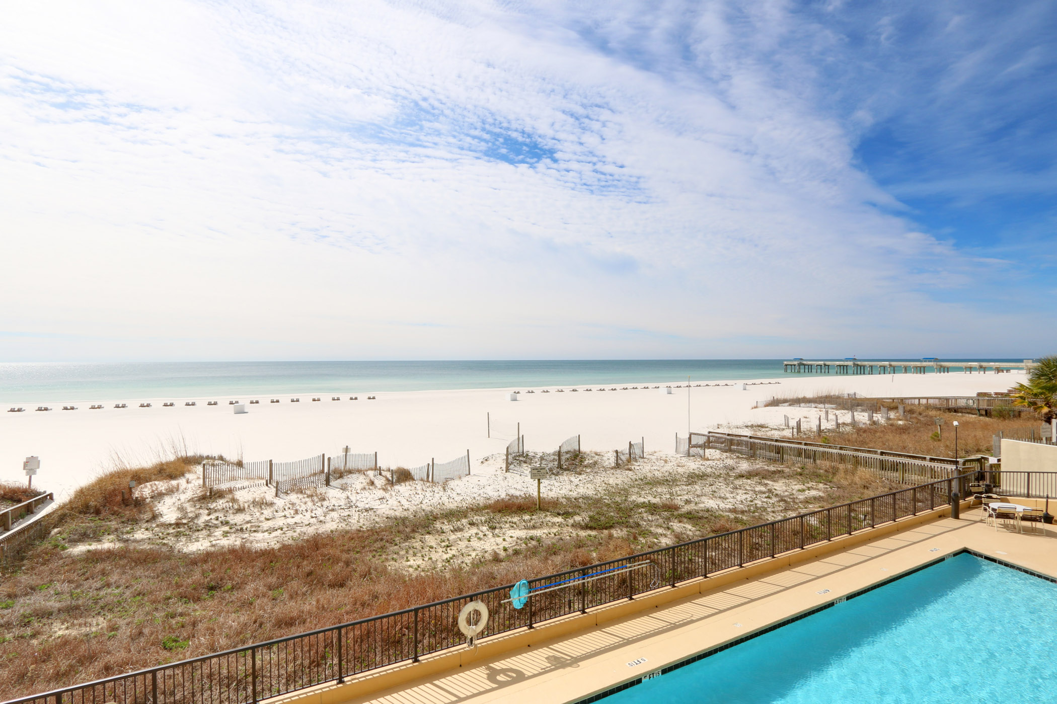 Beach Front Condo with Stunning 2nd Floor Views,Indoor & Outdoor Pool,Fit Center