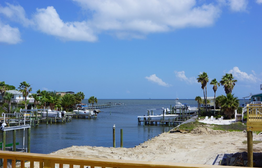 Gulf Shores vacation rental with Gateway to a Fisherman s Playground