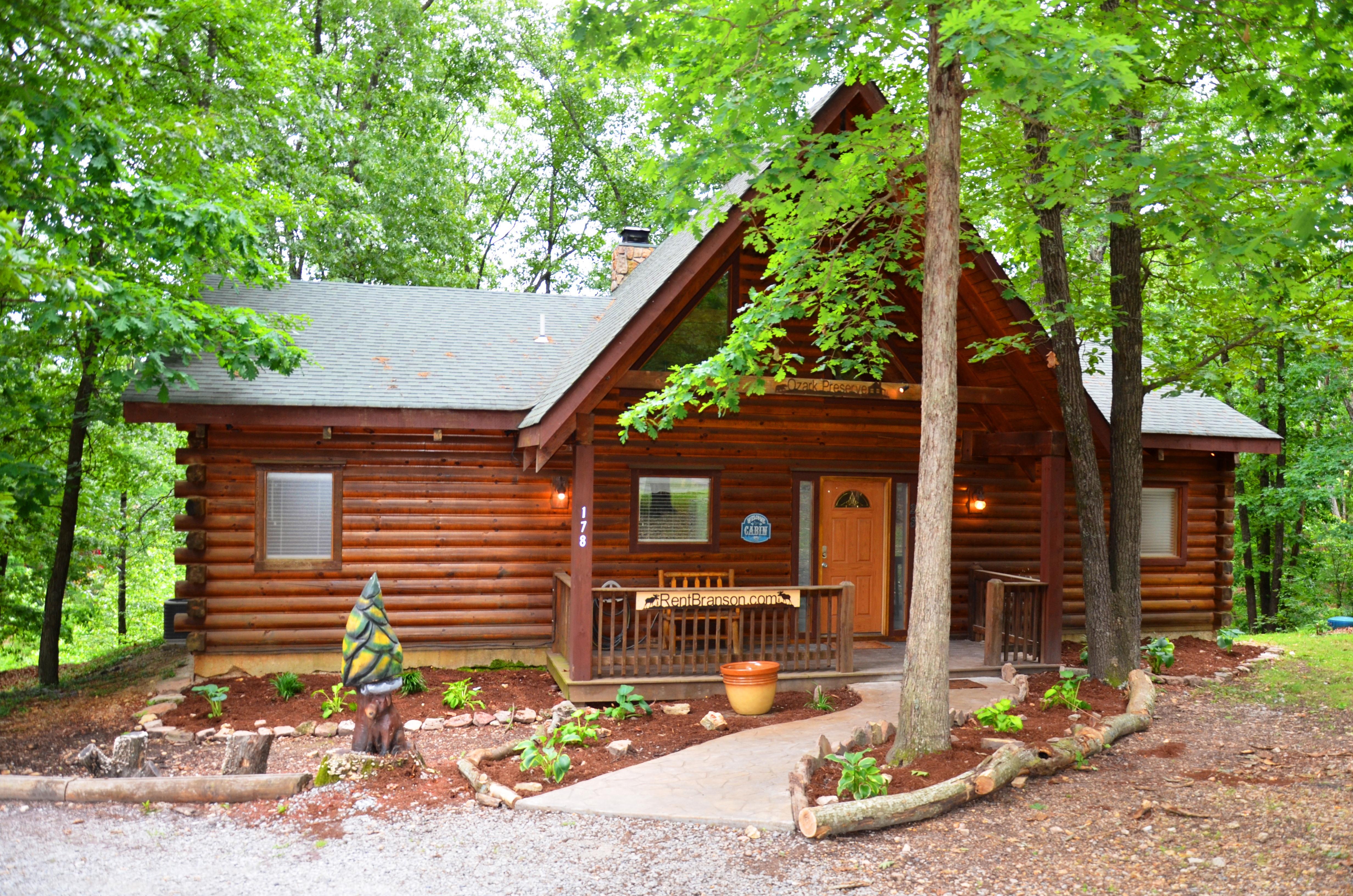 Great Location, Premium Log Cabin Vacation Experience, HotTub,Jet bathtubs, Firepit, Woods Ozark Preserve