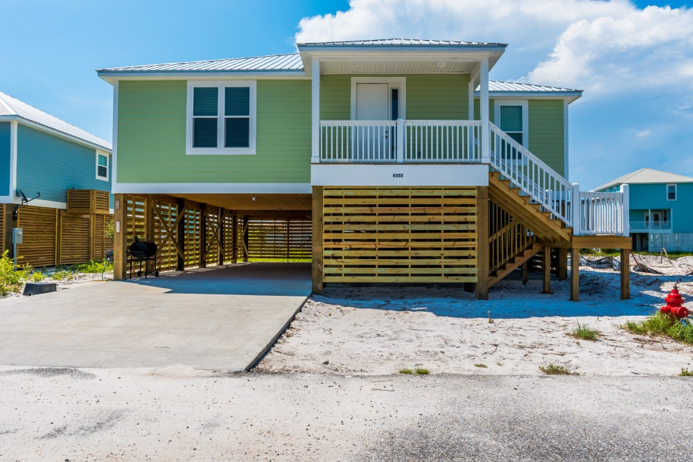 Gulf Shores vacation rental with Welcome to The Bee s Knee