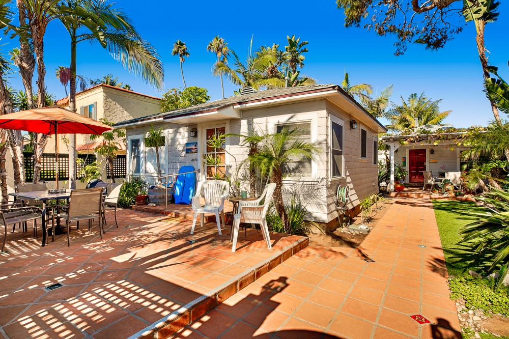 San Diego vacation rental with First unit in yard as you enter
