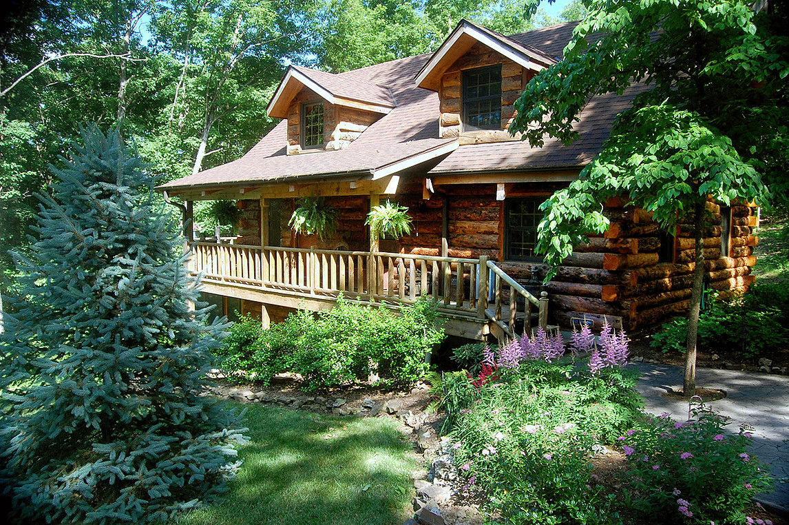 Real Log Home - Engleman Spruce - the Refuge at Tall Pines