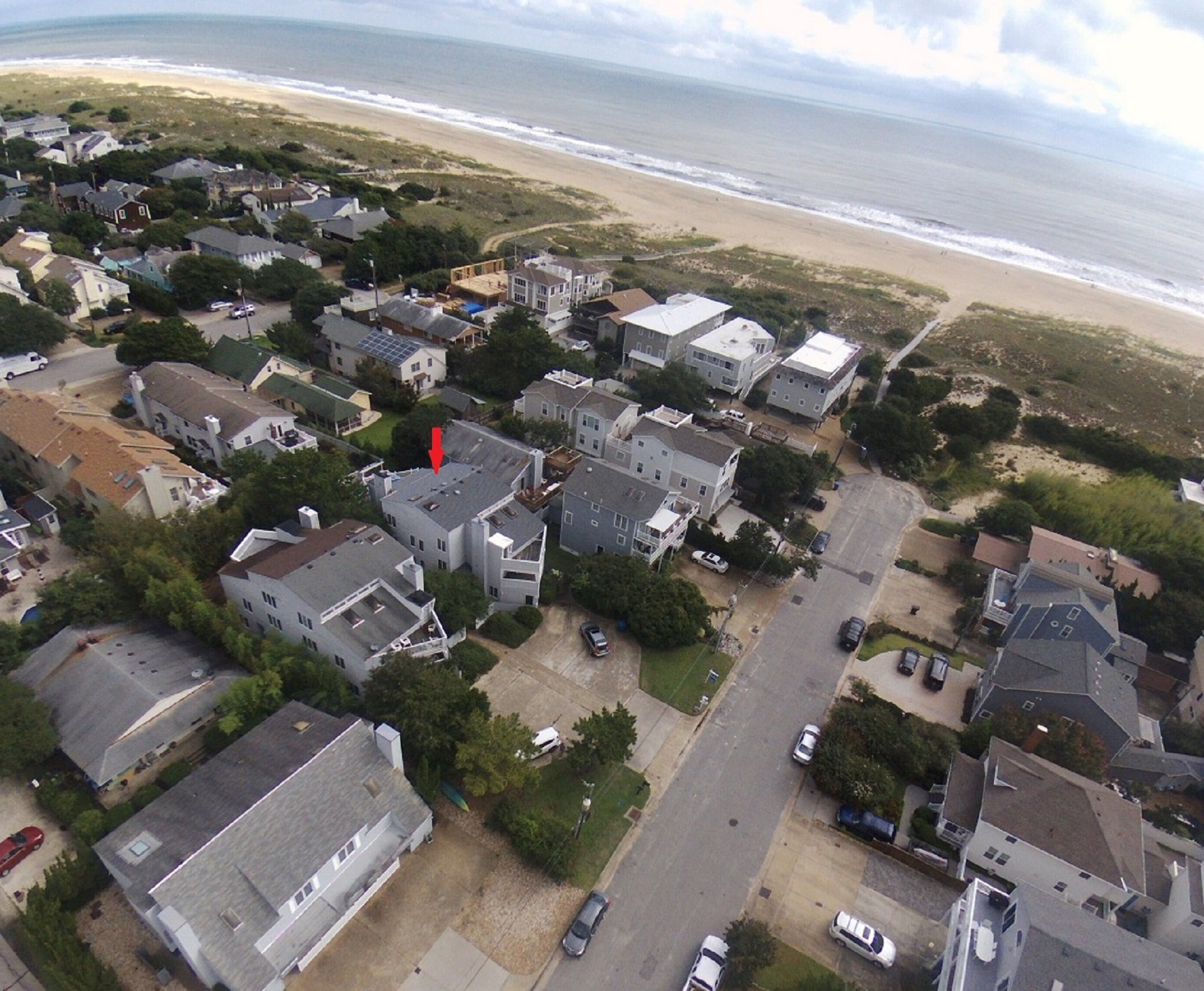 Beautiful 3-Story North End Weekly Summer Rental Just Steps to the Beach!