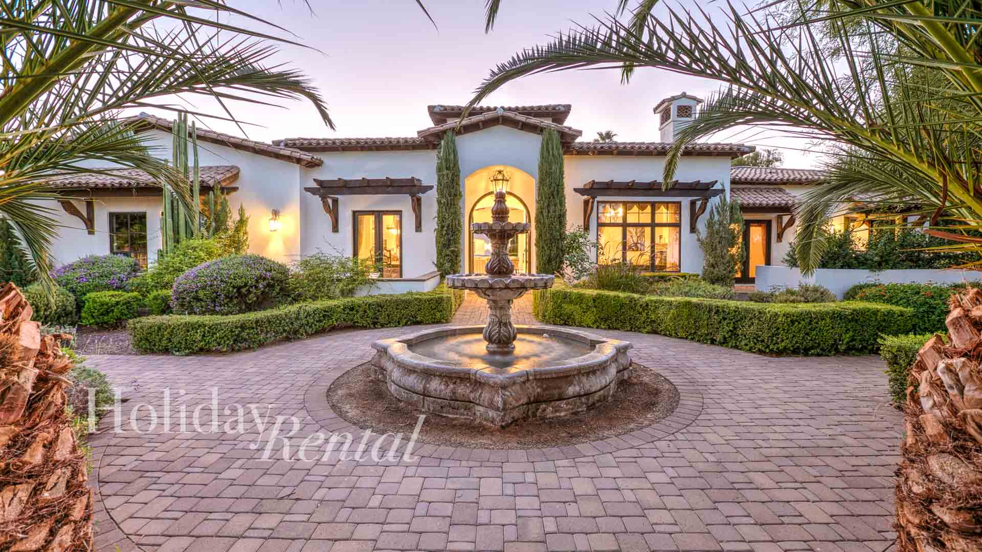 Amazing Location, Spacious, Inviting, Pool & Jacuzzi, Resort-Style Living
