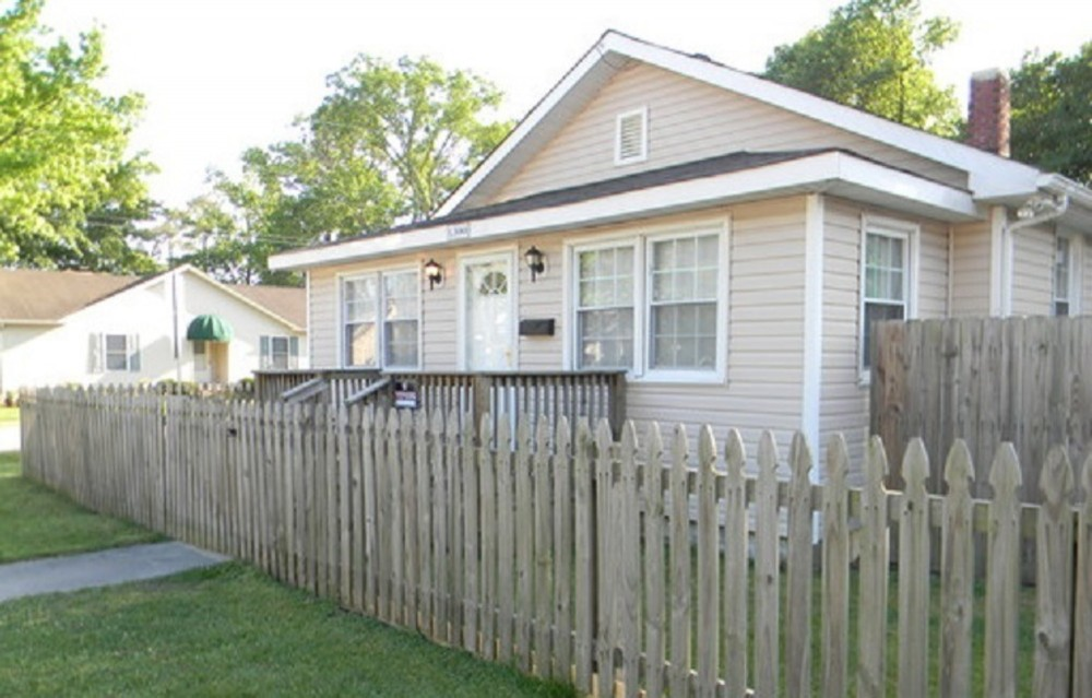 Virginia Beach vacation rental with Front Entrance