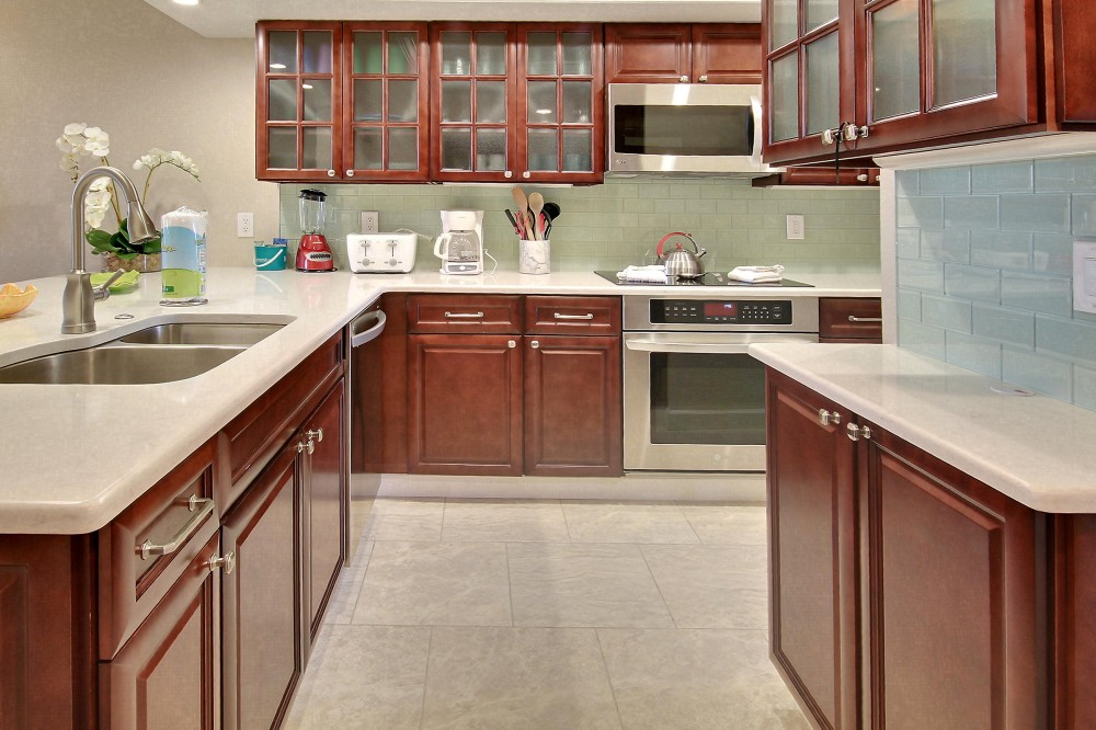 Treasure Island vacation rental with Kitchen