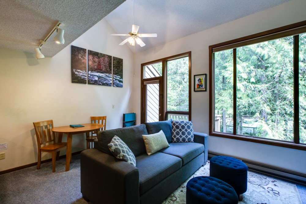 Glacier vacation rental with Living room