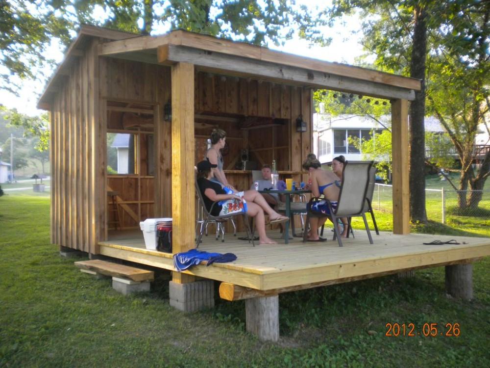 Roach vacation rental with Tiki Hut