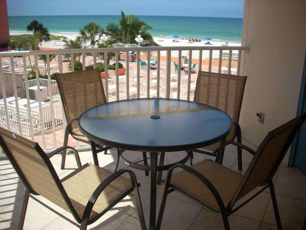 Indian Shores vacation rental with New balcony furniture and great view
