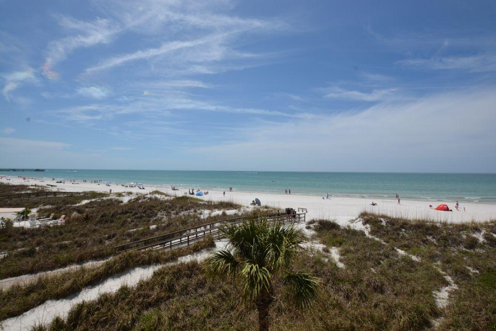 Gulf Front Blue Shell House Townhome unit B with private elevator! FREE PERKS INCLUDED!!!