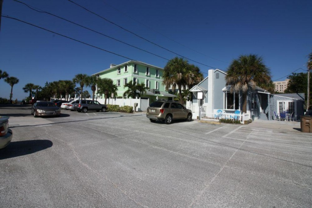 Indian Rocks Beach vacation rental with building to beach