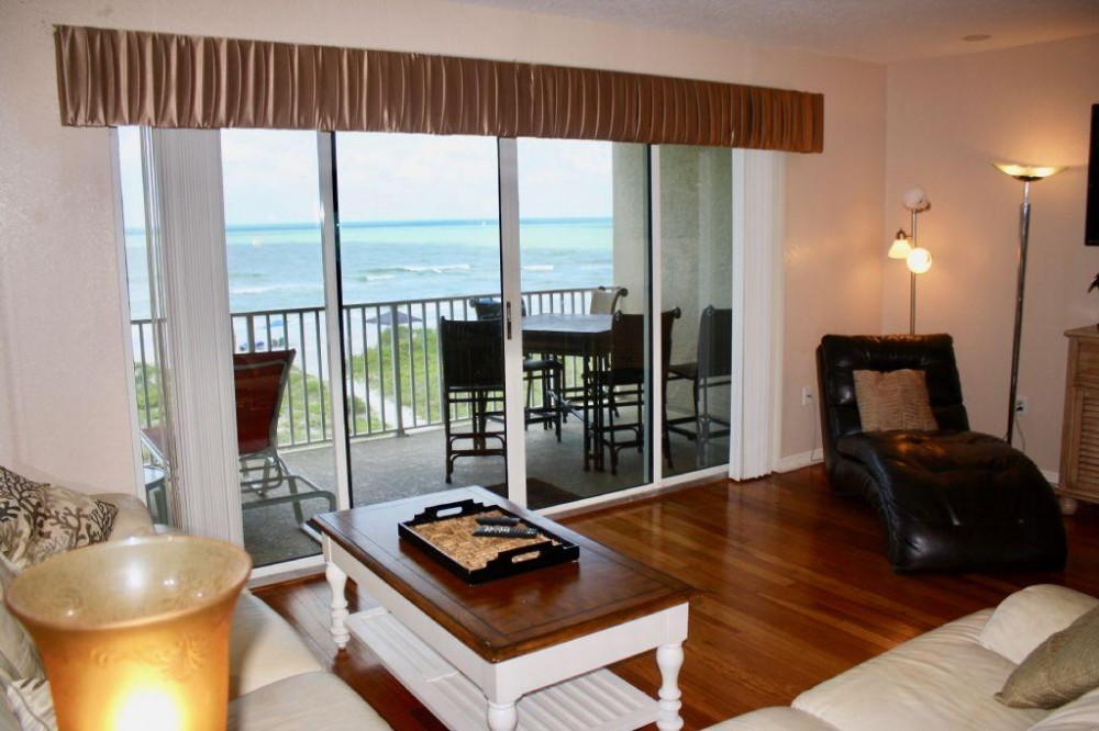 Indian Rocks Beach vacation rental with Living Room, direct Gulf front
