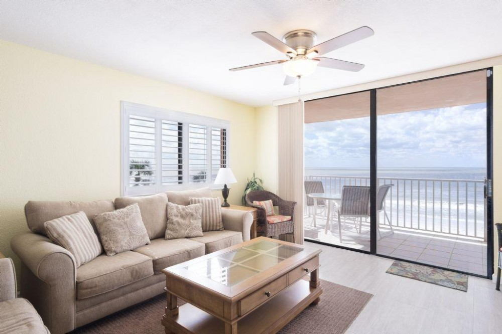 Indian Shores vacation rental with living room
