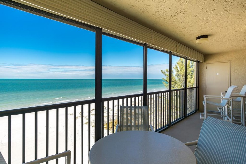 Indian Shores vacation rental with Yes, please!