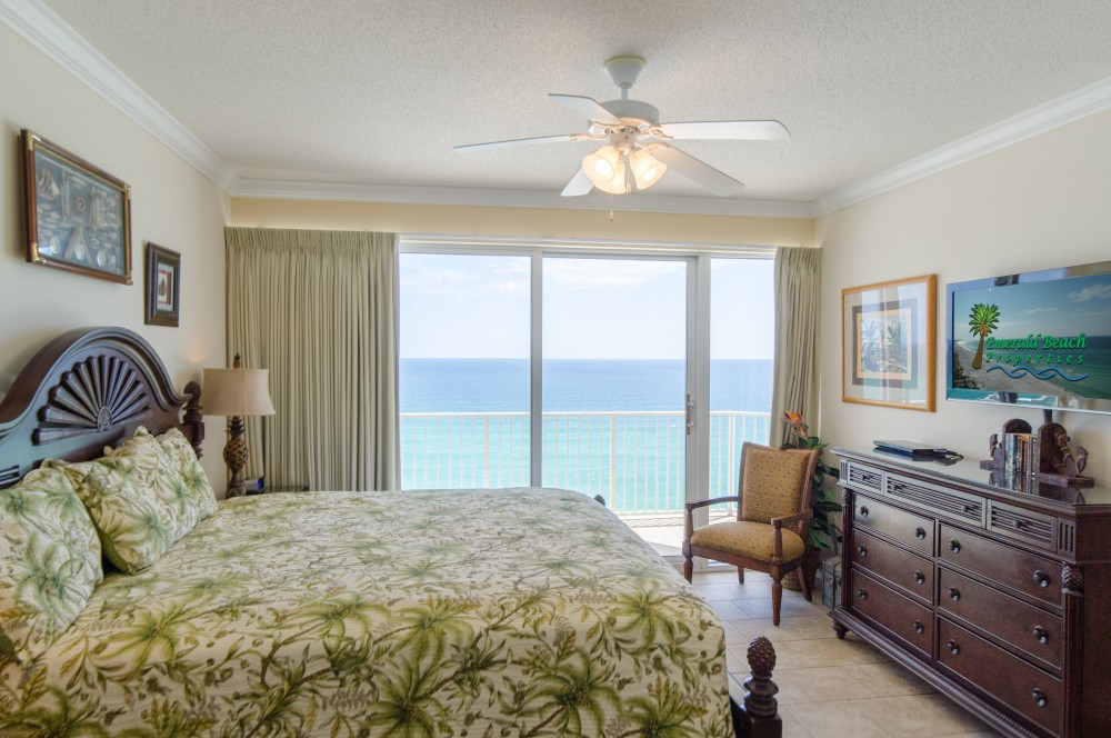 Panama City Beach vacation rental with The Captain s Master Suite s comfy king bed will lull you right to sleep by the sea   Click on our Virtual Tour Link for a 3D tour of the property