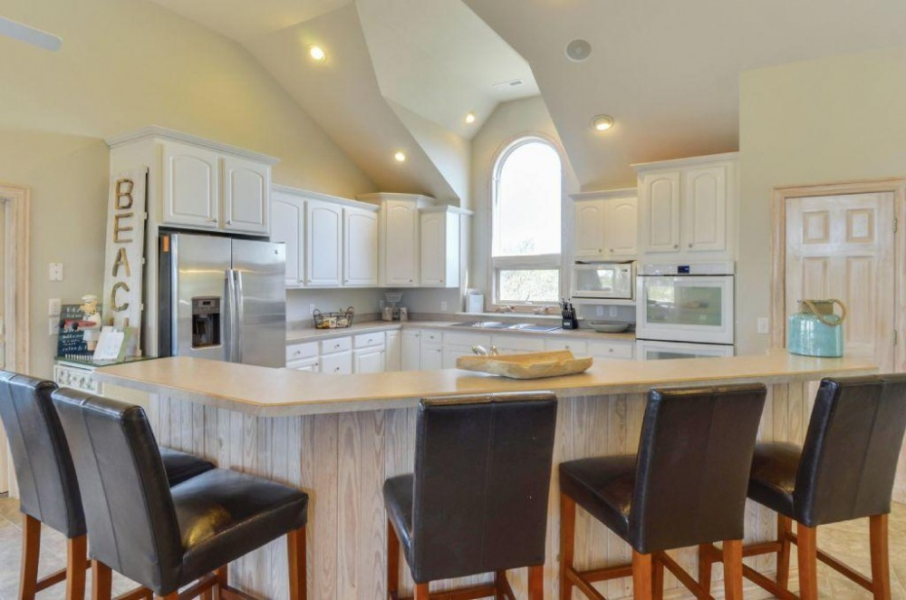 A Tuscan Duck in Duck Landing with Private Pool and Community Amenities