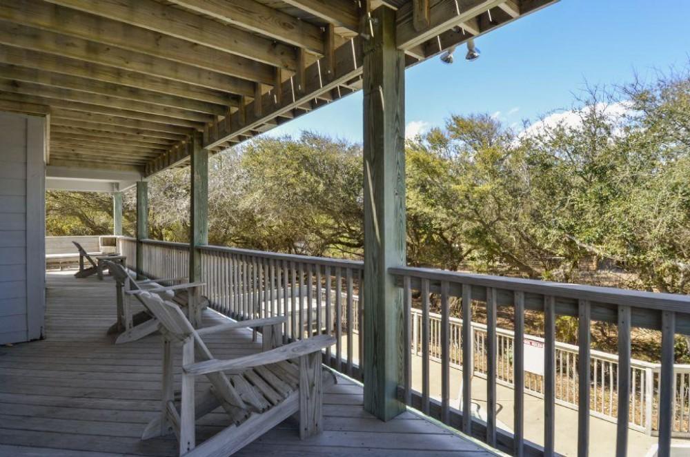 Mid level deck overlooking pool Airbnb Alternative Duck North Carolina Rentals