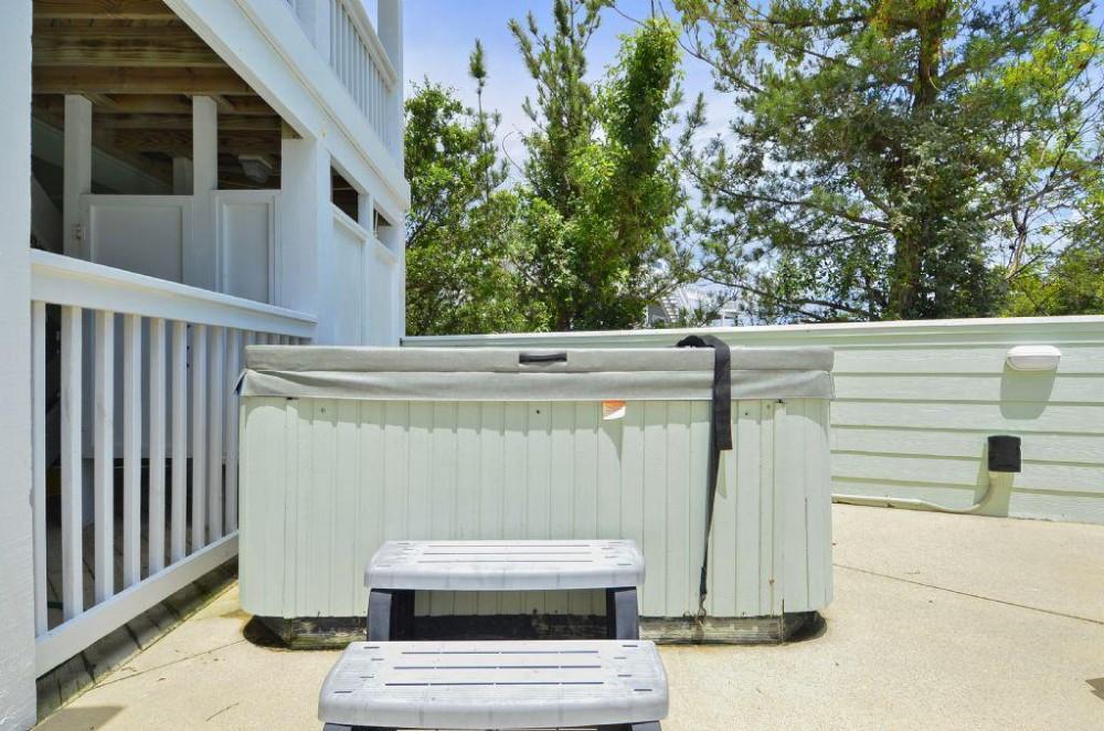 Hot Tub Corolla vacation home