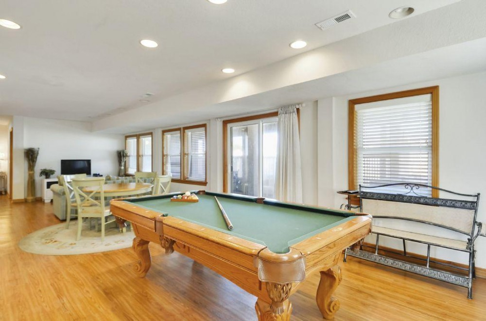 Lower Level Game Room Duck vacation home