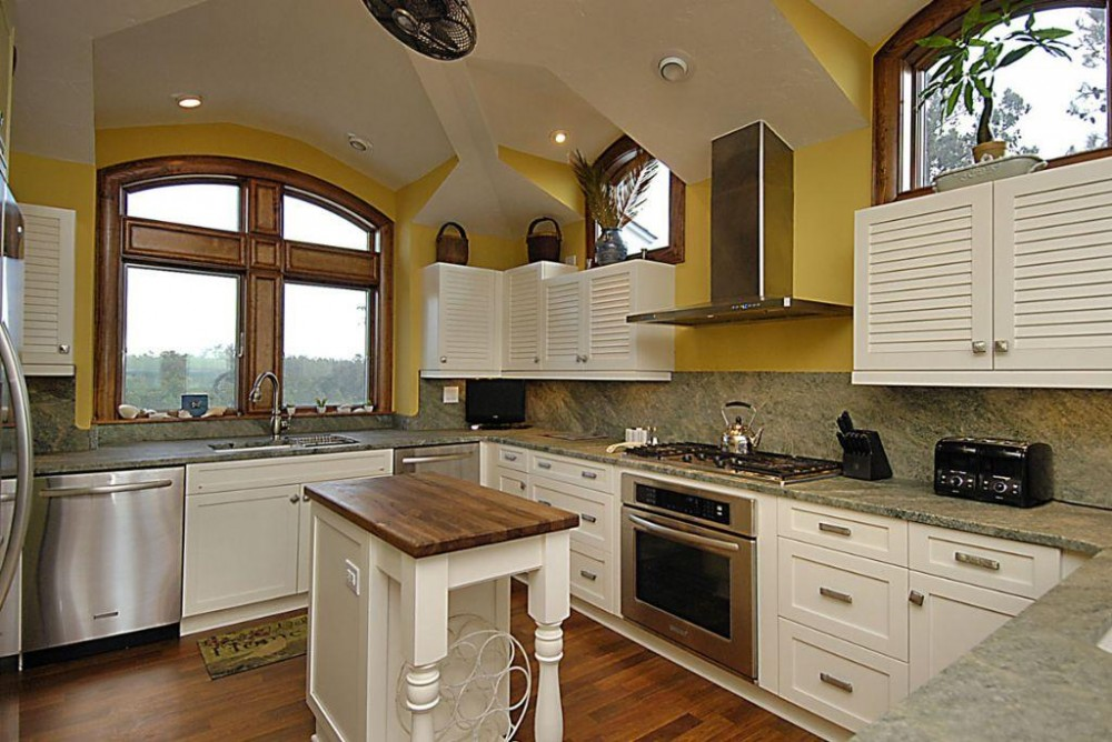 Kitchen Corolla vacation home