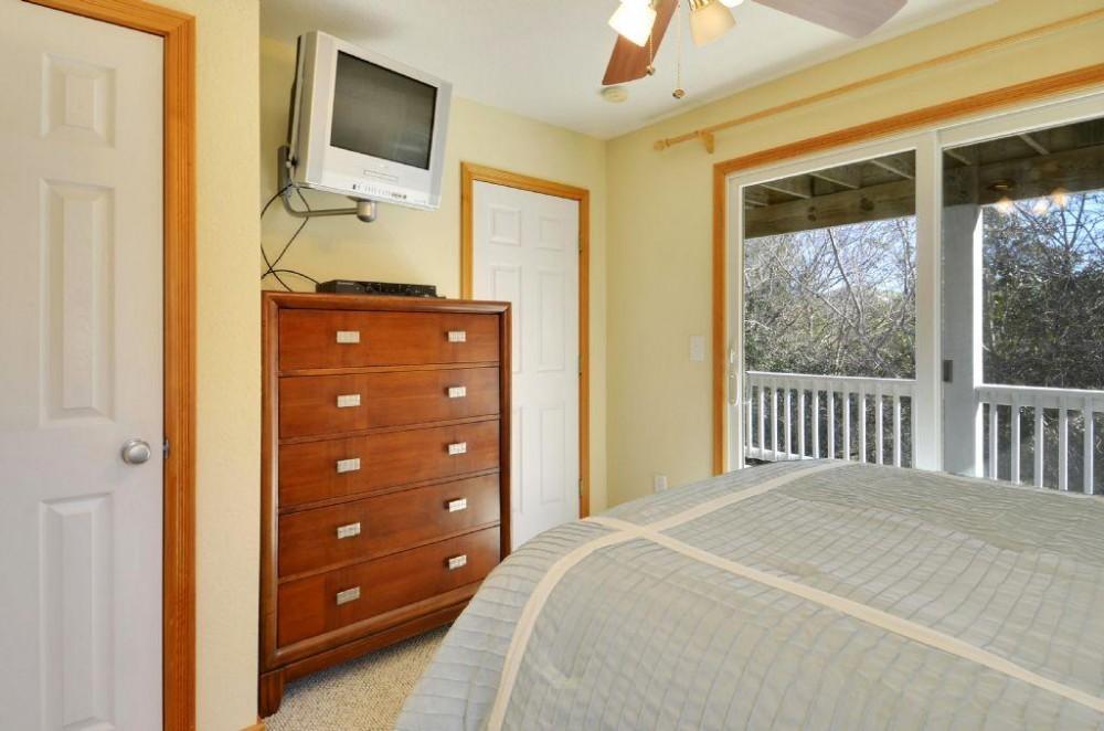 Airbnb Alternative Property in Duck