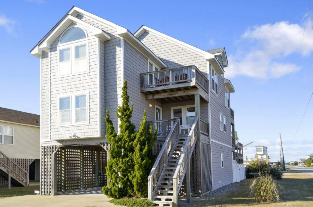 Kill Devil Hills vacation rental with Dolphins Run
