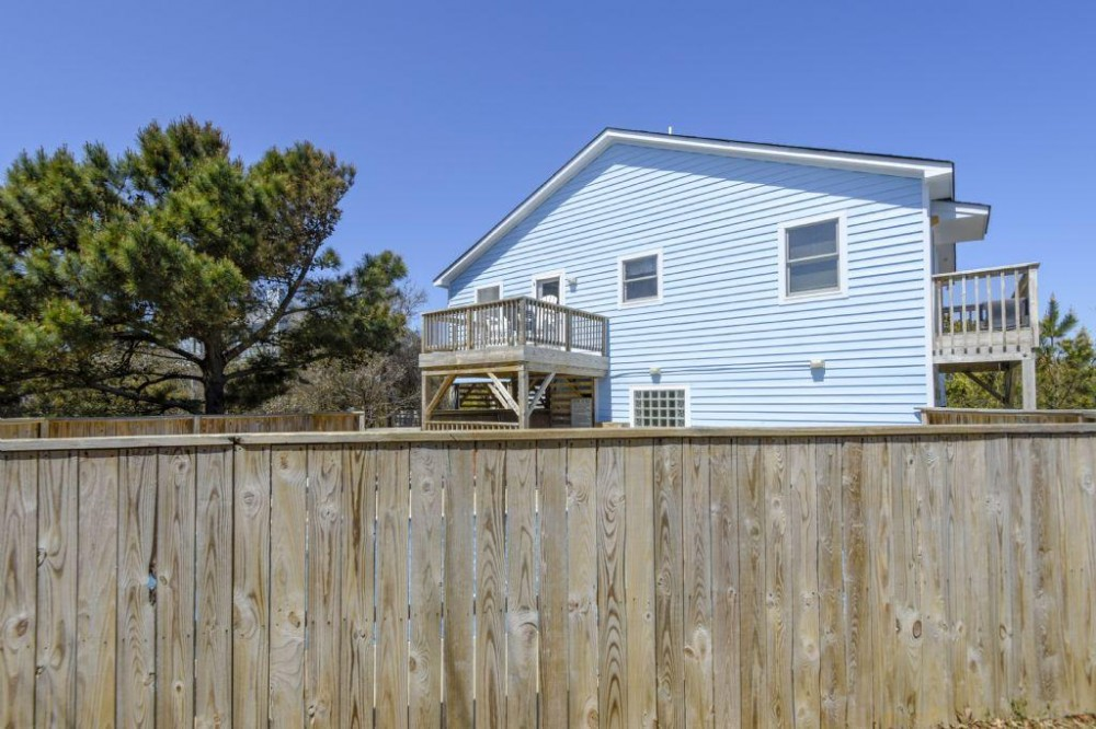 DUCK vacation rental with Back Elevation