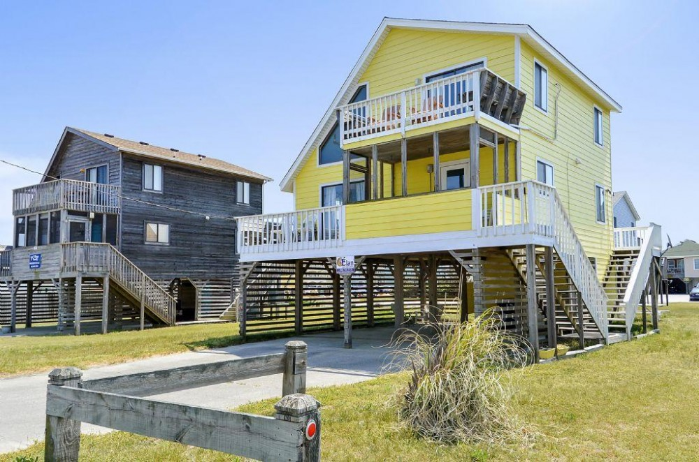 Kill Devil Hills vacation rental with Sunnydaze