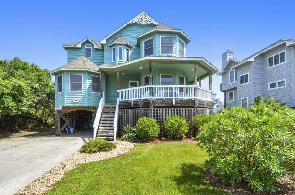 Corolla vacation rental with Victorian Secret