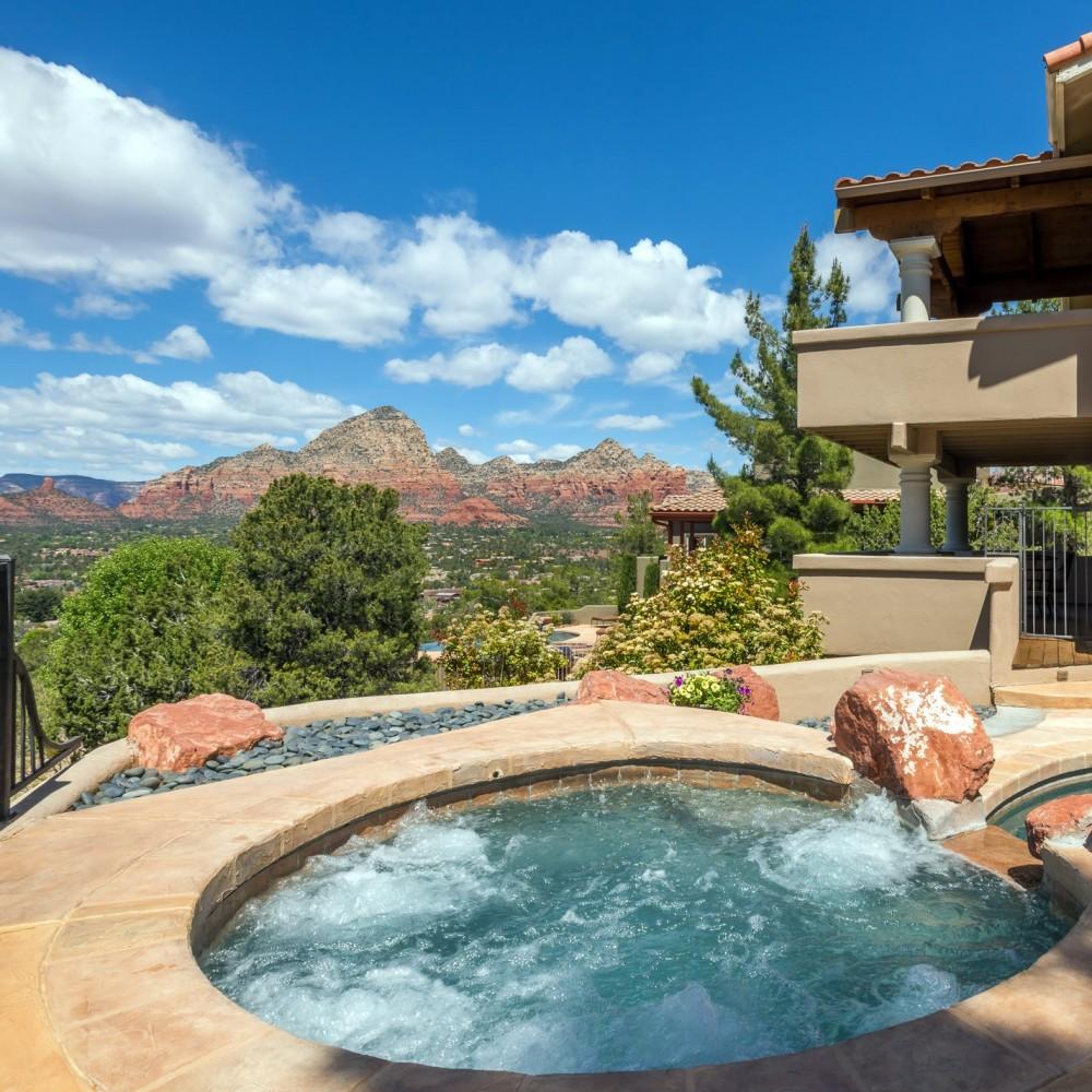 Sedona vacation rental with Scenic Sedona spa view