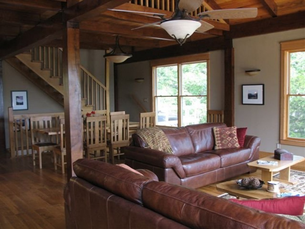 Eldon vacation rental with Great room
