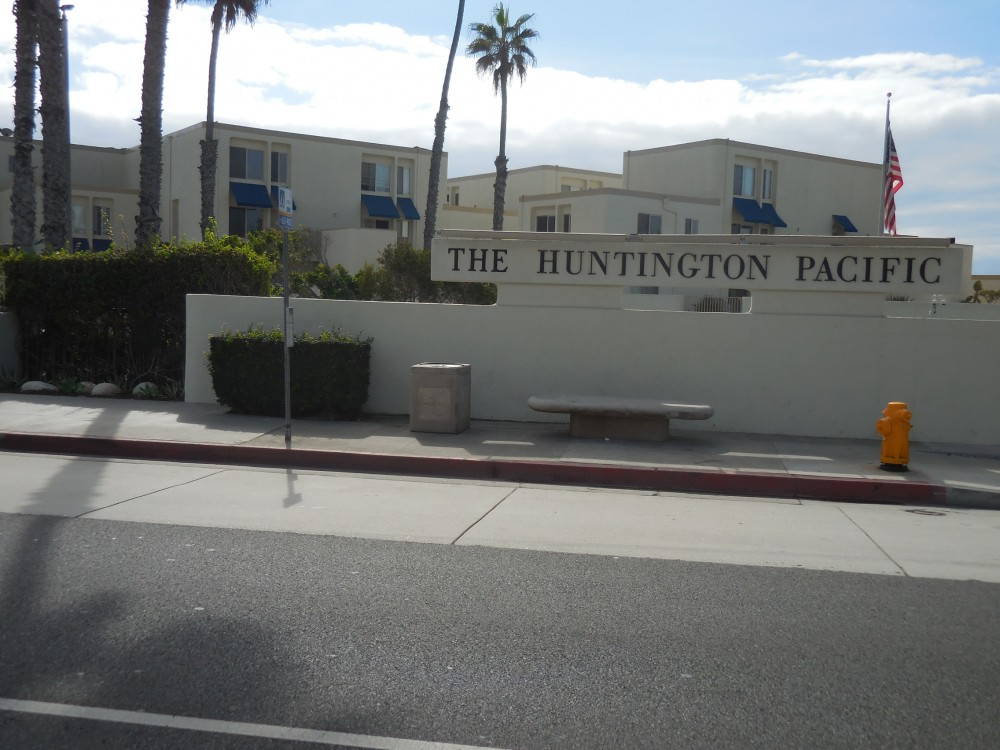 Huntington Beach vacation rental with Huntington Pacific Beach House