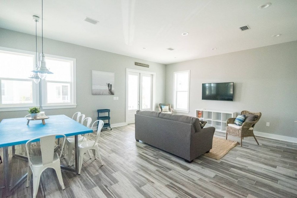 Gulf Shores vacation rental with East Point Cottages offer modern open floor plan living area in Gulf Shores  Alabama