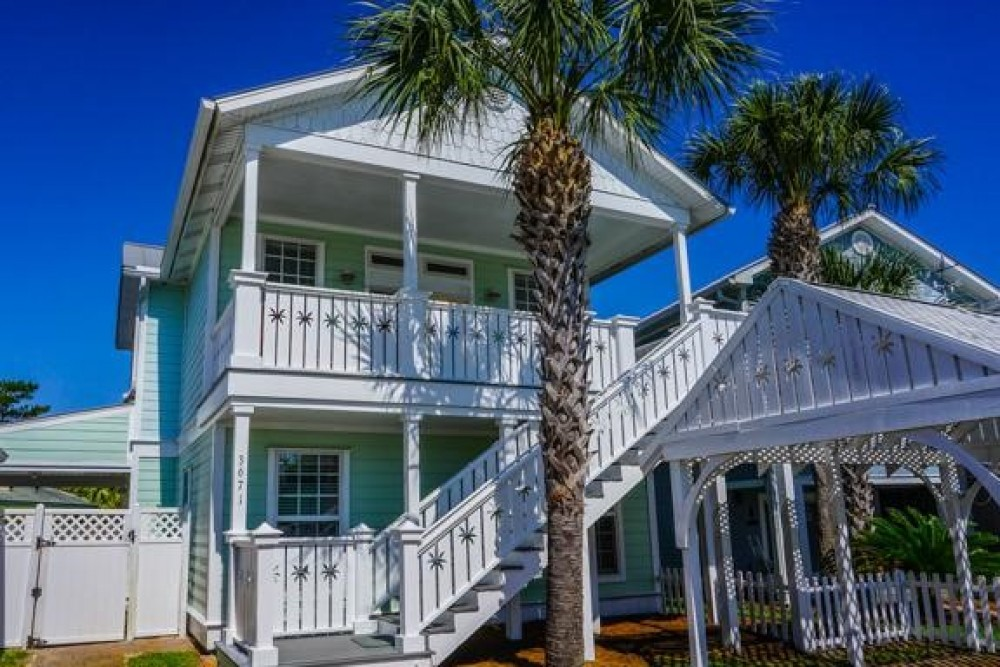 Destin vacation rental with Banana Cabana
