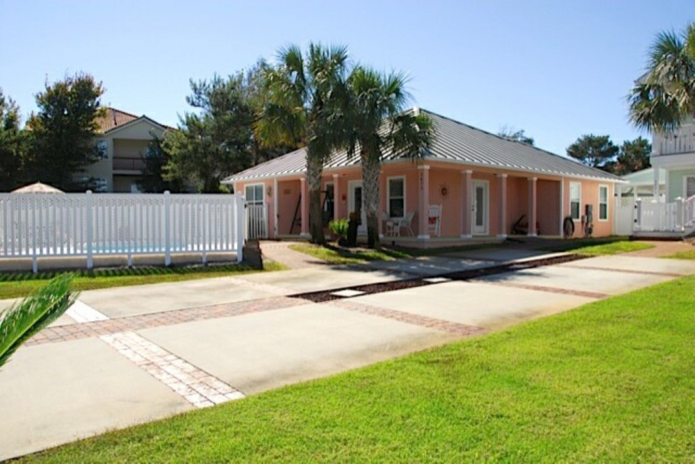 Destin vacation rental with Welcome to the Coral Cabana Destin FL