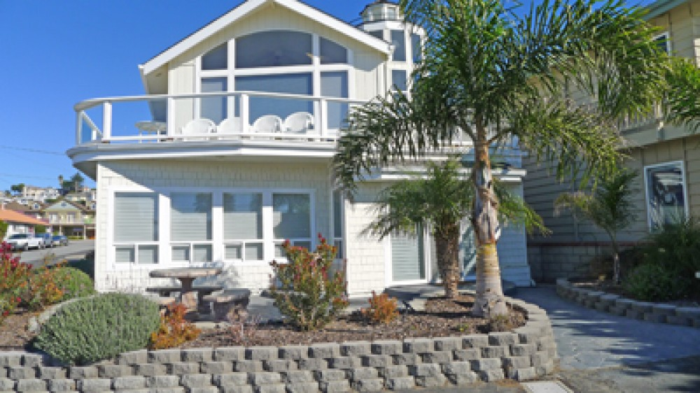 Cayucos vacation rental with